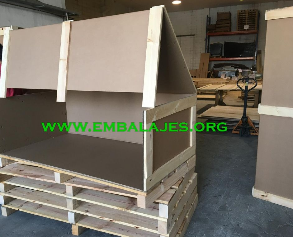 Embalajes de cartón y madera o mixtos