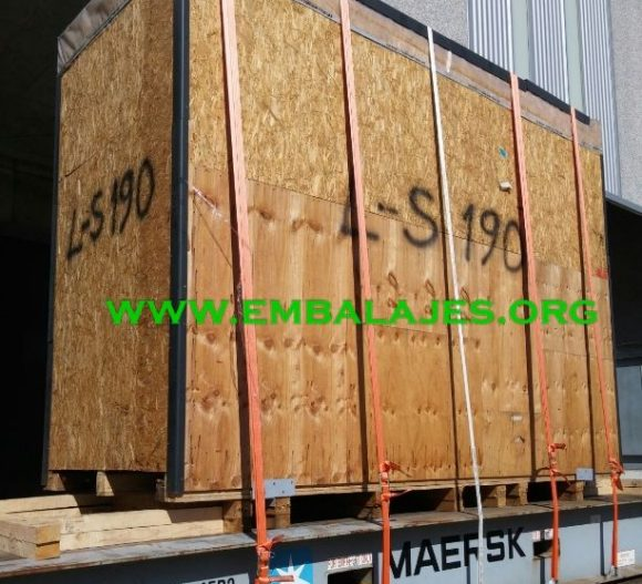 Empresa de trincaje contenedores y cargas