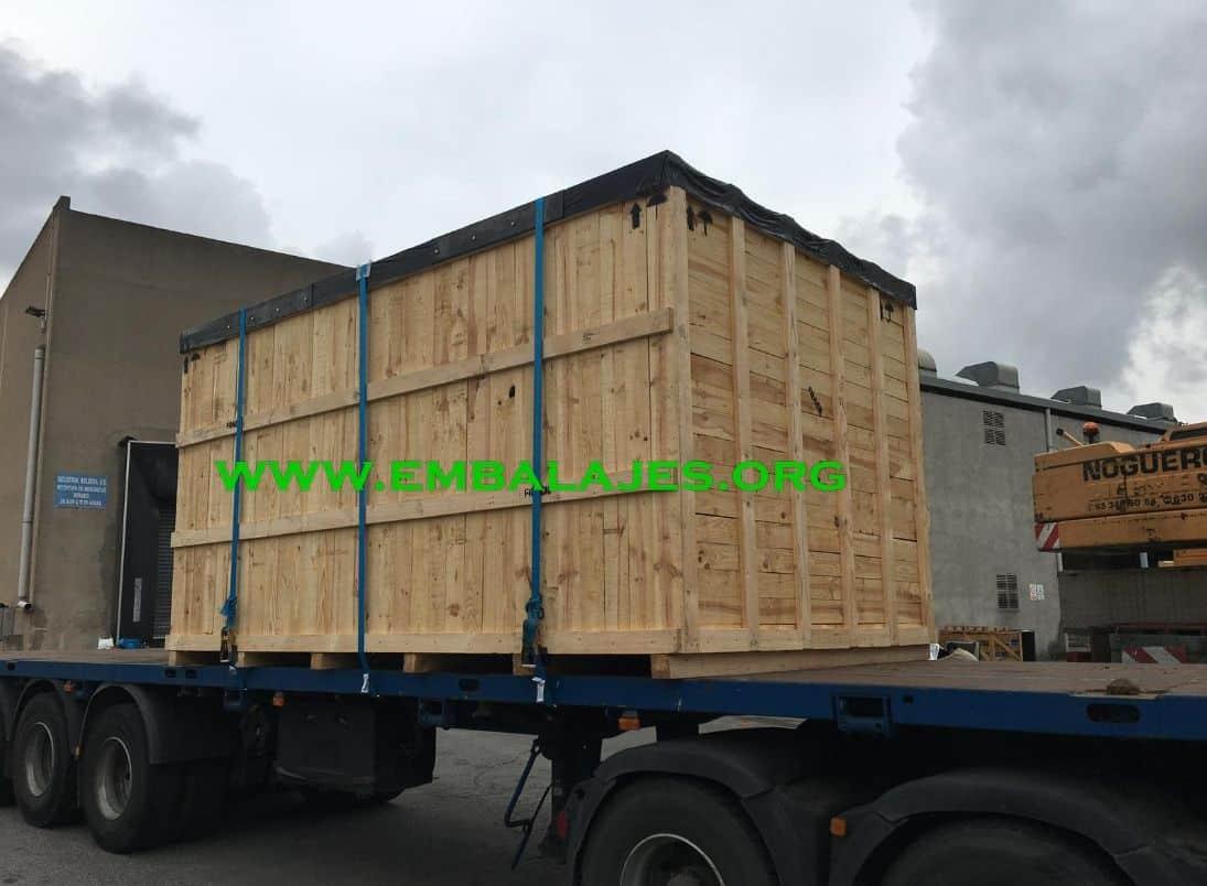 Empresa de trincaje de mercancías para transportes terrestres