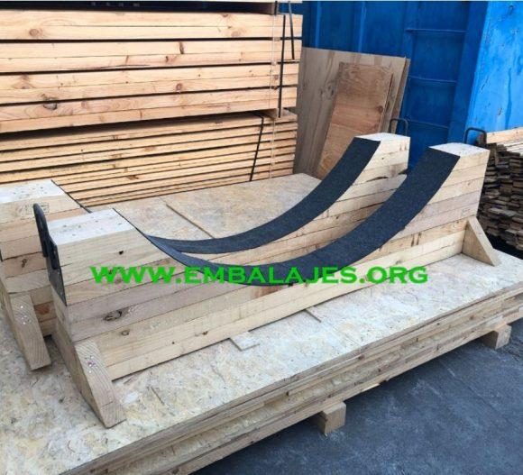 Fabrica bancadas o cunas de madera