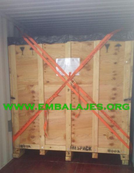 Trincaje de mercancías para transportes marítimos